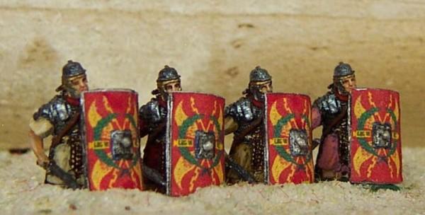 Römische Legionäre (kniend)