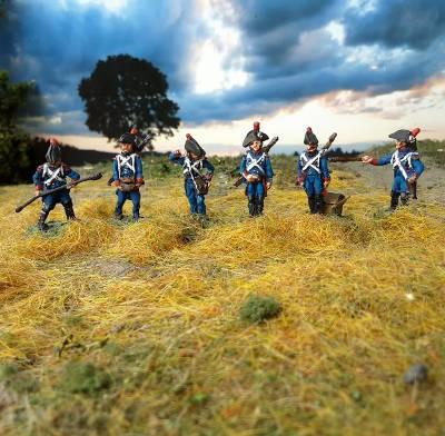 1800 - 1808: Französische Fußartillerie - Geschütz-Bedienung (mit Zweispitz)