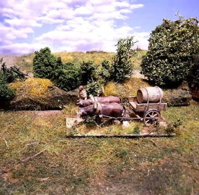 1 - 2 AD: Römischer Ochsentreiber mit einachsigem Bagagewagen (1/72)
