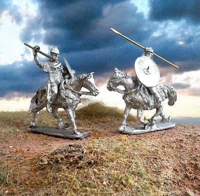 1 - 2 AD: Römische Auxiliar-Kavalleristen (im Angriff)