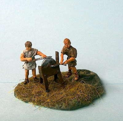 Römische Legionäre am Schleifstein