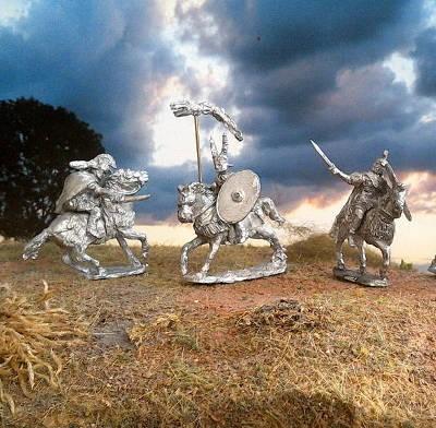 2 AD: Römische Kavallerie - Command Set II (im Angriff)