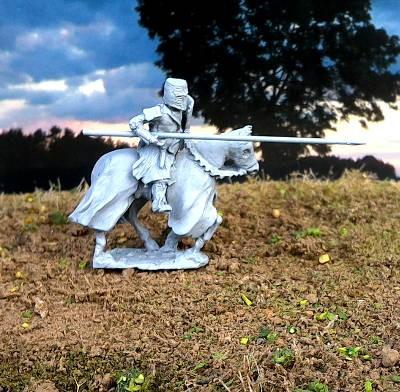 """1000 - 1300 n. Chr.: Ritter mit Topf-Helm """"ohne Schmuck"""""""