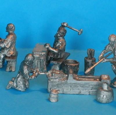 Römische Schmiede (Handwerker bei verschiedenen Tätigkeiten)