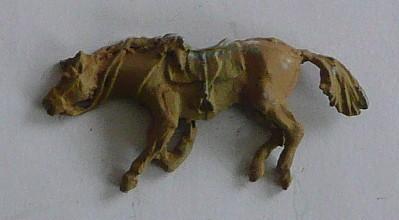 Totes preußisches Pferd (liegend)